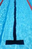 Carril al aire libre de la piscina Fotos de archivo