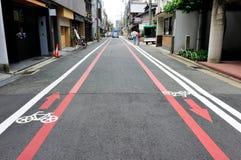 Carril de bicicleta en el área de Kyoto, Japón Imágenes de archivo libres de regalías