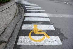 Carril de la silla de rueda imagen de archivo