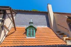 Carril de oro cerca del castillo de Praga Fotografía de archivo libre de regalías