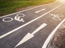 Carril del símbolo de la bicicleta Imagenes de archivo