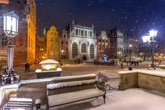 Carril largo en la ciudad vieja de Gdansk, Polonia Foto de archivo libre de regalías