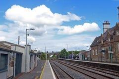 Carriles de la estación de tren imagen de archivo