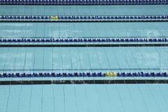 Carriles de la piscina. Imagen de archivo