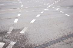 Carriles del asfalto Imagenes de archivo