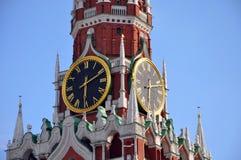 Carrilhões de kremlin da torre de Spasskaya Imagens de Stock Royalty Free