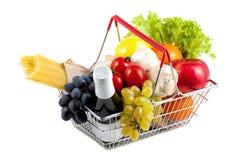 Carrinho de compras com produto perfeito Fotos de Stock Royalty Free