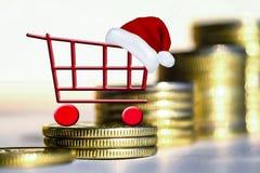 Carrinho de compras no fundo do dinheiro Imagem de Stock Royalty Free