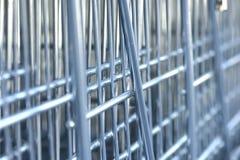 Carrinho de compras no supermercado imagem de stock