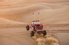 Carrinho de duna nas areias foto de stock royalty free