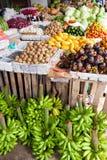 Carrinho de fruta imagens de stock