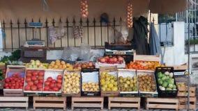 Carrinho de fruta fresca Fotografia de Stock Royalty Free