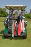 Carrinho de golfe e engrenagem Imagem de Stock Royalty Free