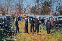 Carrinhos de Amish a ser vendidos fotos de stock