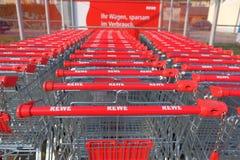 Carrinhos de compras de Rewe Fotos de Stock Royalty Free