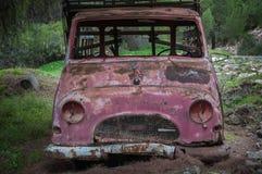 Carro abandonado fotos de stock royalty free