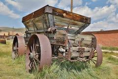 Carro abandonado en Bodie, pueblo fantasma, California Fotos de archivo