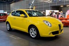 Carro amarelo Imagens de Stock