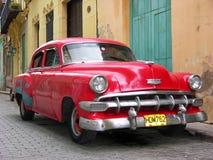 Carro americano do vintage em Havana, Cuba fotografia de stock