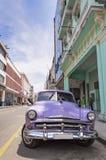 Carro americano velho em Havana velho, Cuba Imagem de Stock