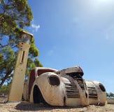 Carro americano velho oxidado fotografia de stock royalty free
