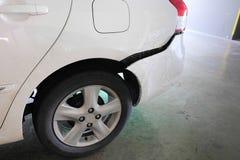 Carro amolgado após o acidente fotografia de stock