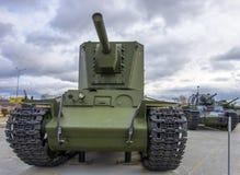 Carro armato d'annata sovietico pesante fotografie stock libere da diritti