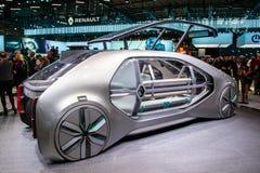 Carro autônomo do conceito do táxi de Renault EZ-GO imagem de stock