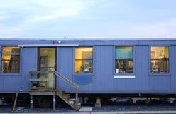 Carro azul (zona de descanso de los constructores) Foto de archivo