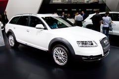 Carro branco Audi A6 Allroad Fotografia de Stock Royalty Free