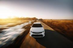Carro branco Toyota Camry XV50 Imagens de Stock