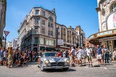 Carro clássico de Mercedes SL em Londres imagem de stock royalty free