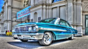 Carro clássico do americano dos anos 60 Fotos de Stock