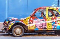 Carro colorido velho fotografia de stock royalty free