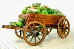 Carro com melancias imagens de stock