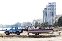Carro com o barco Fotografia de Stock Royalty Free
