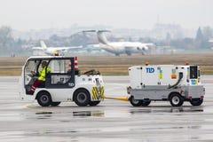 Carro da bagagem do aeroporto Fotos de Stock Royalty Free