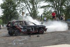 Carro da demolição na ação Fotografia de Stock Royalty Free