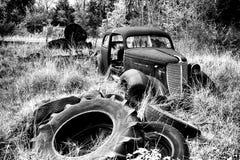 Carro da jarda de sucata Fotos de Stock Royalty Free