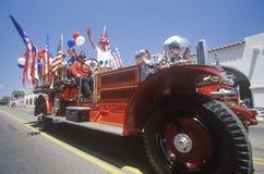 Carro de bombeiros antigo na parada do 4 de julho, Ojai, Califórnia Fotografia de Stock Royalty Free
