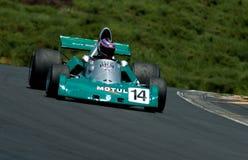 Carro de competência do Fórmula 1 de BRM na velocidade Foto de Stock Royalty Free