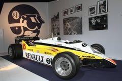 Carro de competência velho de Renault na exposição automóvel 2014 de Paris Fotos de Stock Royalty Free
