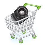 Carro de compras con la cámara Imagen de archivo libre de regalías