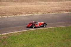 Carro de corridas clássico vermelho Imagens de Stock Royalty Free