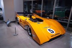 Carro de corridas 1971 de McLaren M8E da laranja Imagem de Stock Royalty Free