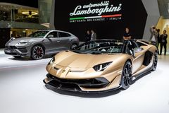Carro de esportes da barata de Lamborghini Aventador SVJ imagem de stock royalty free