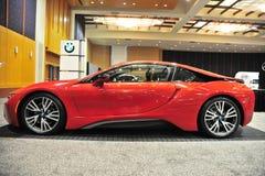 Carro de esportes de BMW I8 em uma feira automóvel Foto de Stock Royalty Free