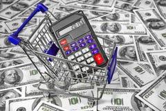 Carro de la compra con la calculadora y muestra 2015 en la exhibición Imagen de archivo