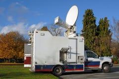 Carro de las noticias de la TV Foto de archivo libre de regalías