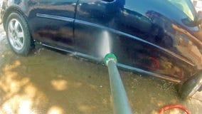 Carro de lavagem com espuma e água vídeos de arquivo